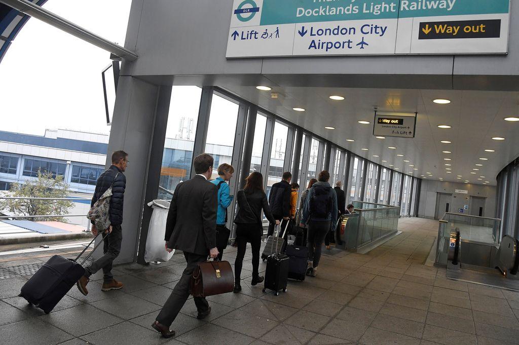Londonsko letališče zaprto zaradi neeksplodirane bombe