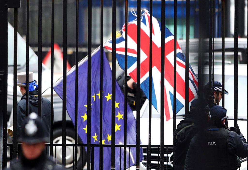 Brexit: Na mizi ločitvena pogodba z Združenim kraljestvom