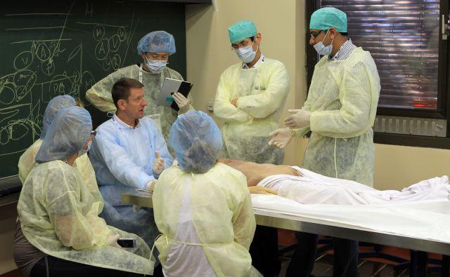 Inštitut za anatomijo medicinske fakultete 04.septembra 2015 [Ljubljana,medicinska fakulteta,anatomija,zdravstvo,študenti]