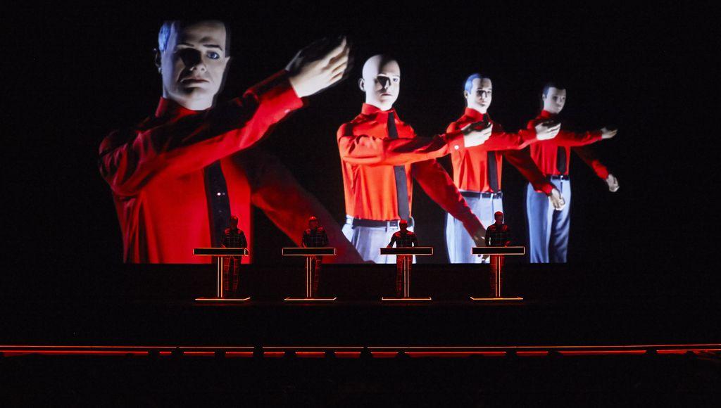 Kraftwerk - Glasniki glasbene prihodnosti