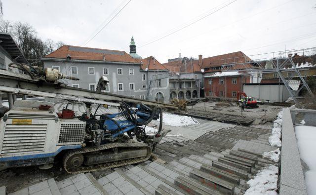 Prenavljalna dela v Križankah. V Ljubljani 21.2.2018[Križanke.prenova.kultura]