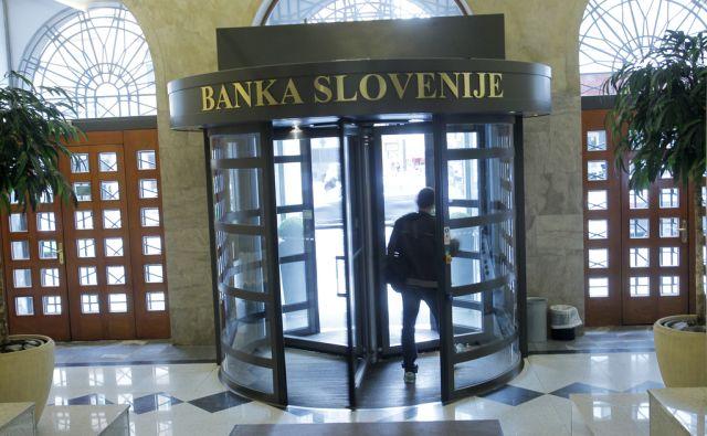 Novinarska konferenca Banke Slovenije, na kateri so guverner Marko Kranjec s sodelavci predstavil letošnje poročilo o finančni stabilnosti v Ljubljani, 4. junija 2013