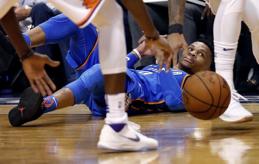 NBA: dvoboj ponorelih strelcev Westbrooku (VIDEO)
