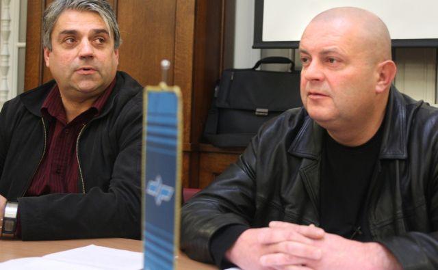 Slovenija, Ljubljana, 20.Januar2010, Albert Pavlič in Silvo Berdajs na seji sveta delavcev Slovenskih železnic. Foto: Igor Zaplatil/DELO