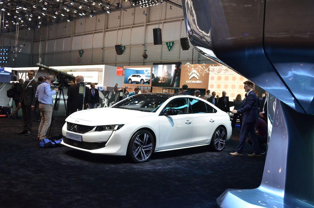 Avtomobilska razstava v Ženevi: luksuzni, množični, električni in še kaj