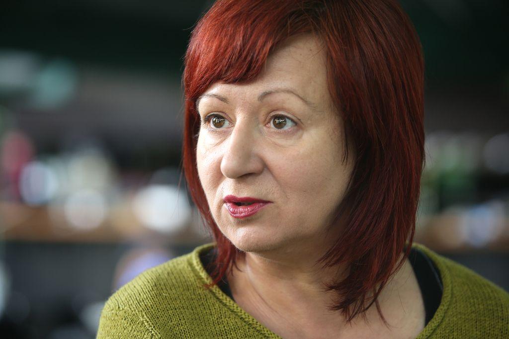 Mariborska Drama: Krizni sestanki, nov razpis, ena prijava