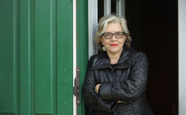 Slavenka Drakulić, hrvaška novinarka in pisateljica na vrtu svoje istrske hiše v Sovinjaku 1.aprila 2014.