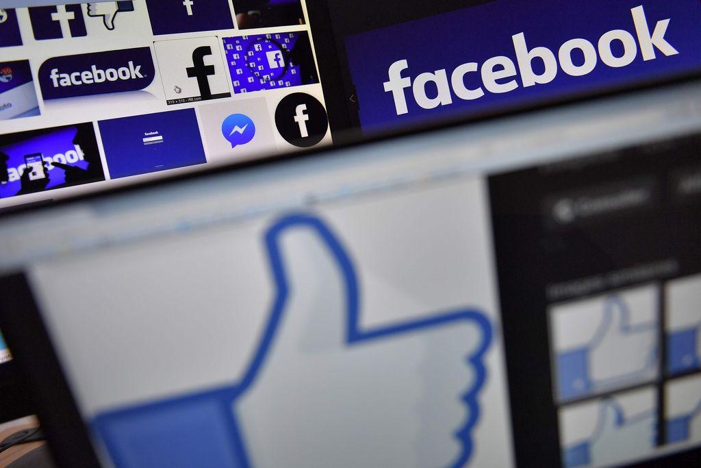 Ali vam všečki na družabnih omrežjih pomenijo več kot otrokova zasebnost?