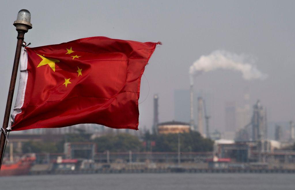 Z nafto po novem trgujejo tudi v juanih
