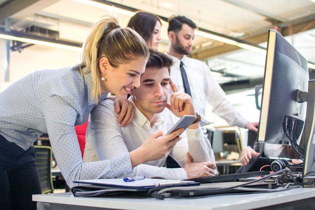 Odlogiraj se: Kako pametni telefoni vplivajo na naše delo