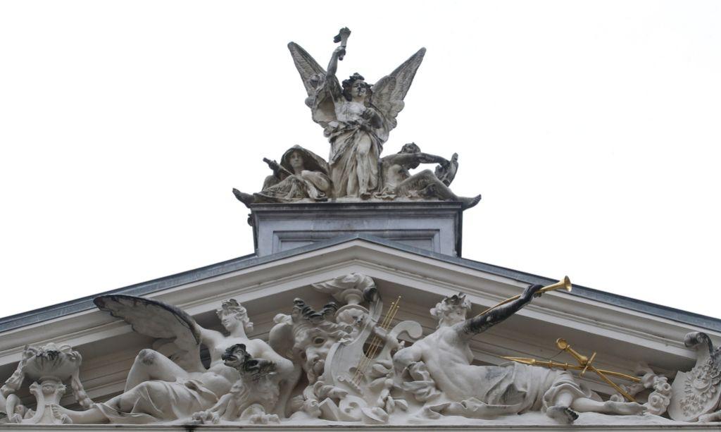 Odstopi v ljubljanski Operi: Ignorantski odnosi in destruktivni vodje