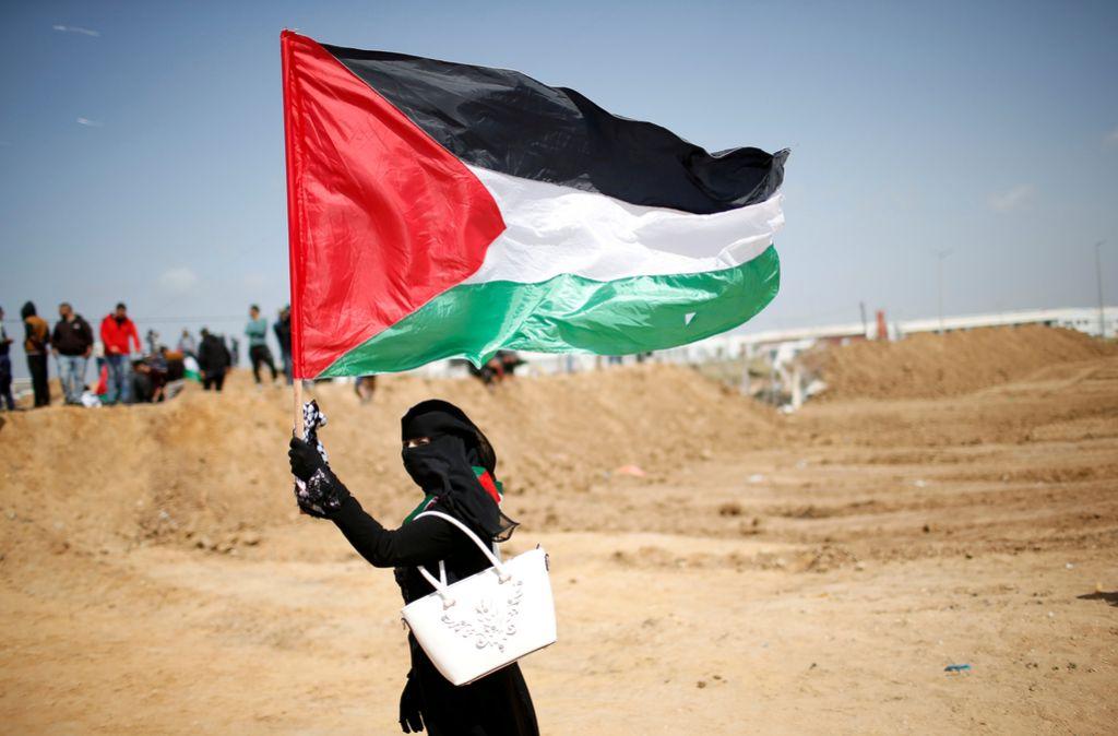 Palestinci zaznamujejo zgodovinsko tragedijo, Izrael grozi