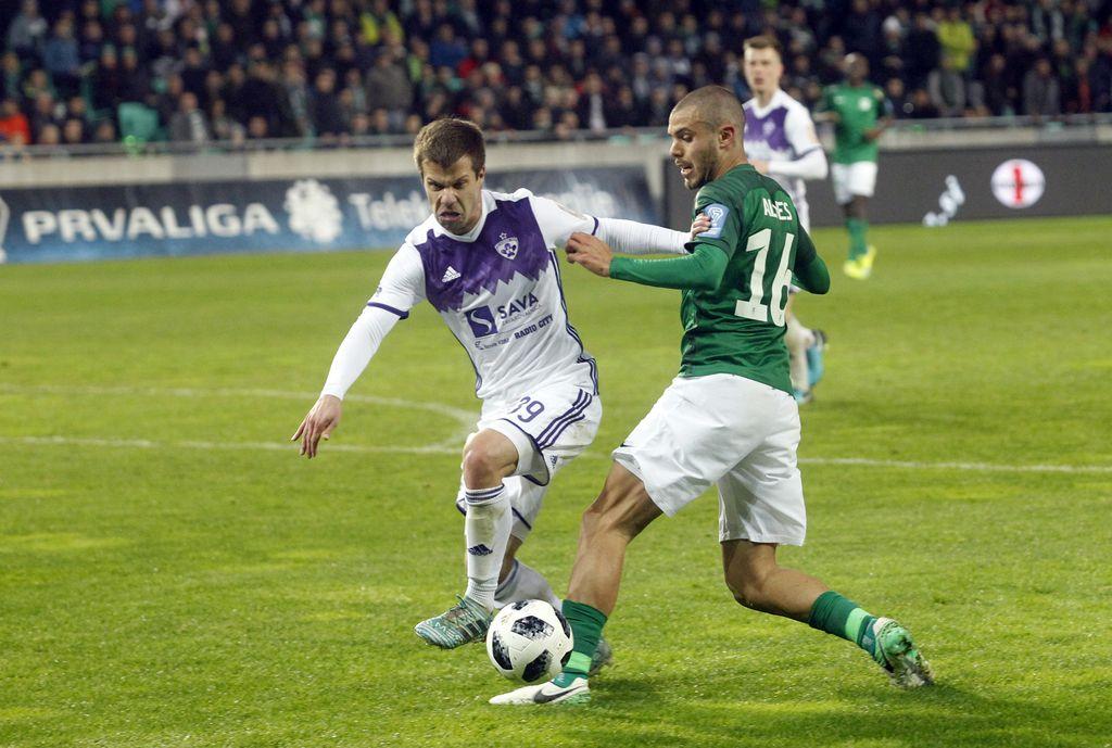 Tudi po večnem derbiju Olimpija ostala 10 točk pred Mariborom (FOTO + VIDEO)