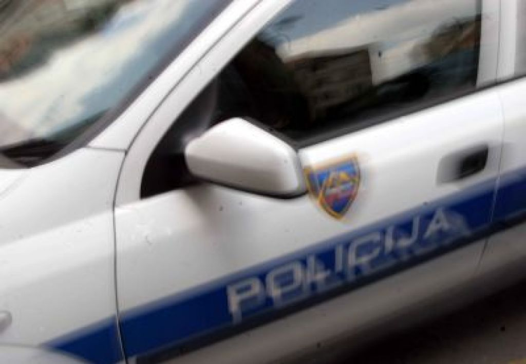 V prometni nesreči pri Mariboru ena oseba umrla