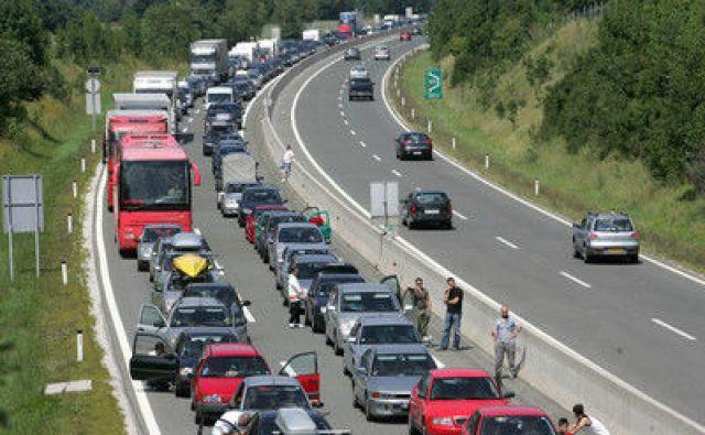 Zastoj pred koncem gorenjske avtoceste pri Vrbi