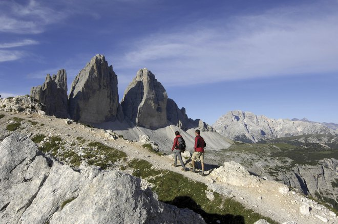 Hiking through the spectacular UNESCO World Heritage site of the Sexten Dolomites and the famous Three Peaks of Lavaredo.