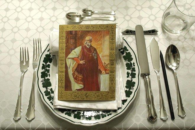Cesarska večerja na Ruski dači je gledališko-kulinarični dogodek. FOTO: Arhiv Ruske dače