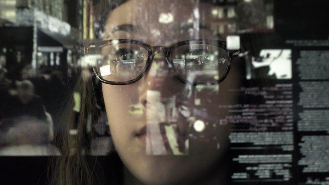 V poslovnem okolju je vse bolj zaskrbljujoč nagel trend okužb z izsiljevalskimi virusi, pri katerih spletni kriminalci zadržujejo podatke ali omrežje kot talce, dokler napadeno podjetje zanje ne plača odkupnine. Foto Istock by Getty Images