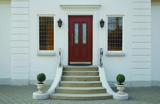 Lesena vhodna vrata Classico FOTO: Pirnar