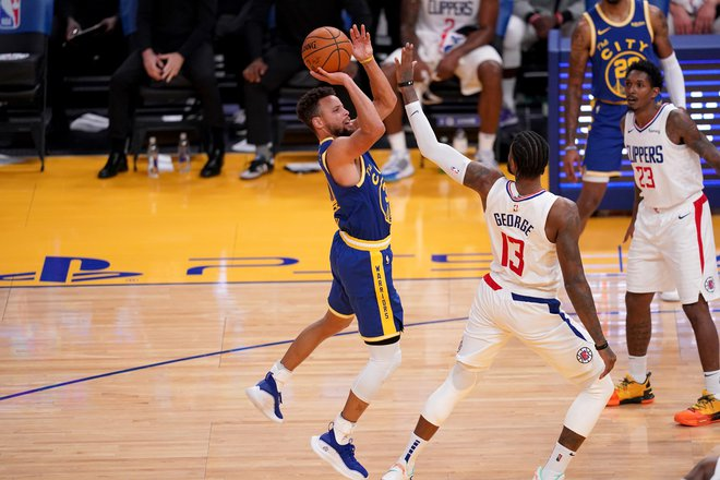 Prvi zvezdnik moštva Golden State Stephen Curry je bil znova izjemno razpoložen in je bil ključni mož zasuka za zmago proti LA Clippers. FOTO: Cary Edmondson/Usa Today Sports